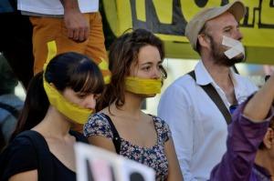 No Somos Delito se amordaza en Madrid contra la Ley de Seguridad Ciudadana del PP, cc Popicinio